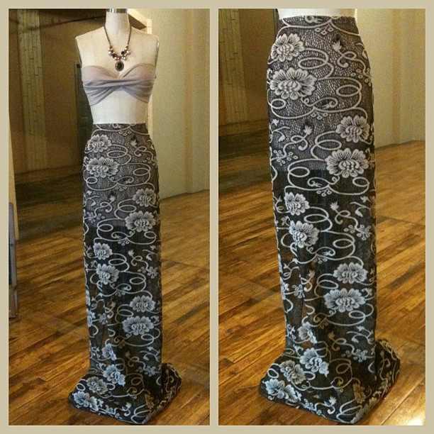 luxury vintage knit maxi skirt
